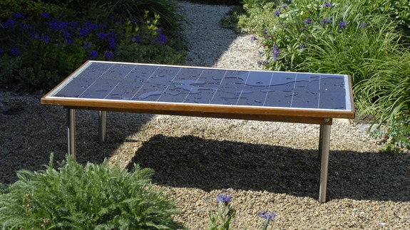 Solar-Powered Sun Table