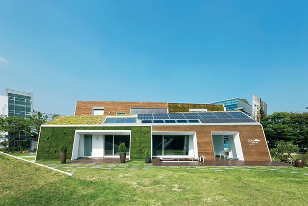 Top trends in future home design designer mag for Green homes designs