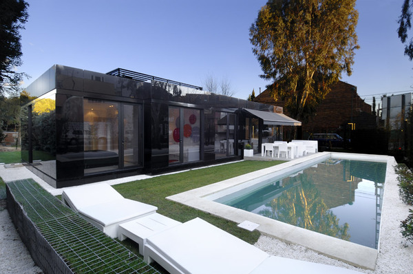 glass-prefab-homes-modular-design