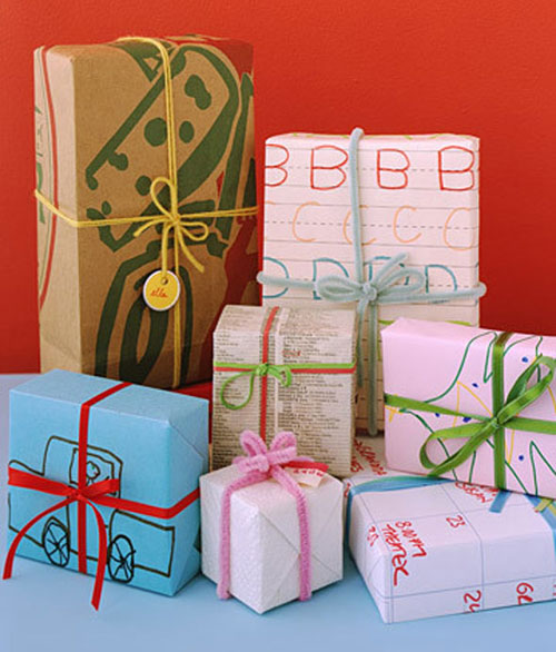Kids-Homemade-Gift-Wrap - Creative Gift Wrapping Ideas