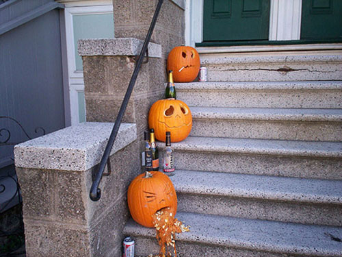 outdoor-Hallowen-decorating