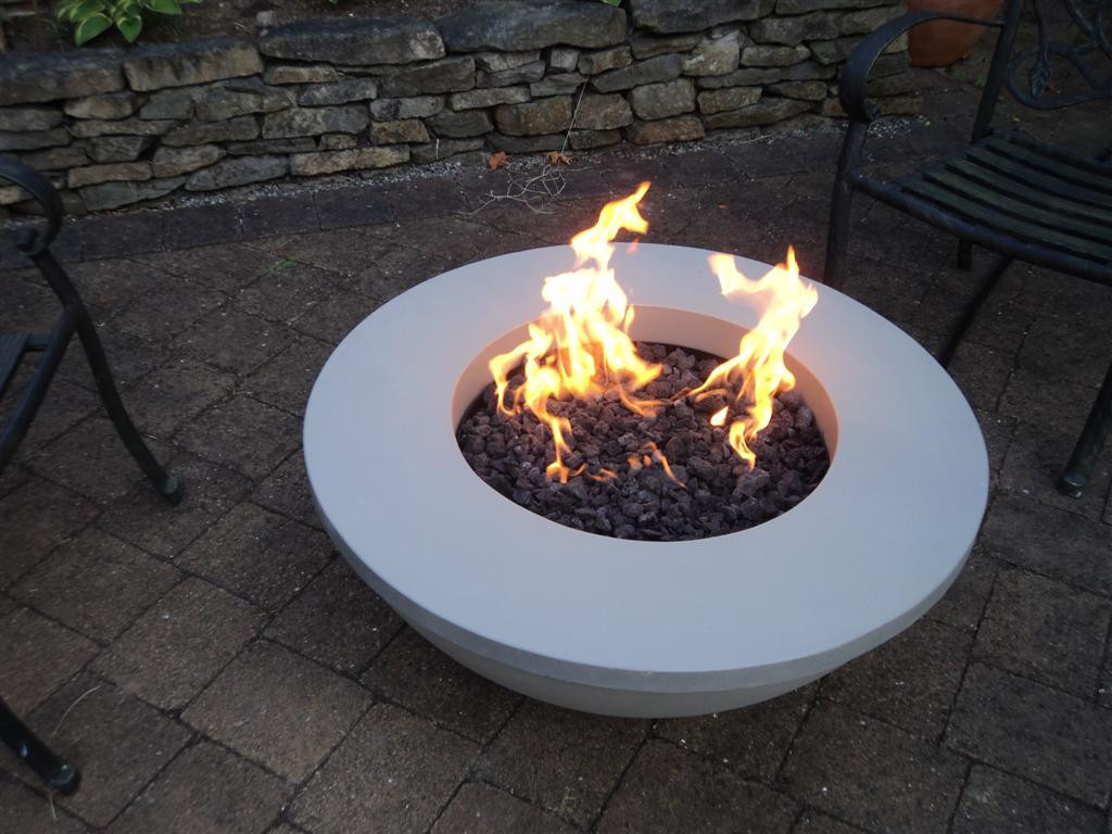 outstanding designs for outdoor gas fire pit with complete building guide designer mag. Black Bedroom Furniture Sets. Home Design Ideas