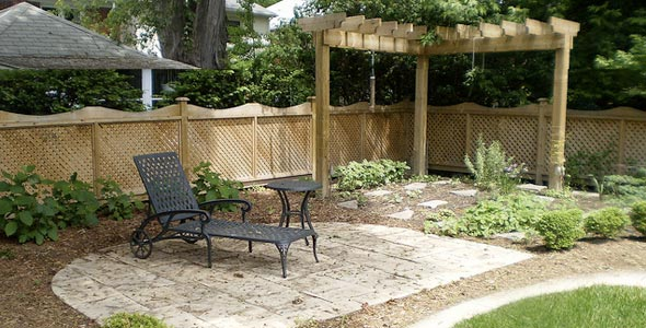 Easy ways to make your yard more private designer mag for Garden renovation ideas