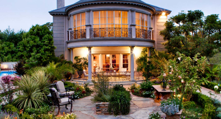 7 Types of Landscape Designs Matching Your Home Décor