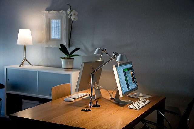Design Tips to Turn Your Home Office into A Productive Work Environment